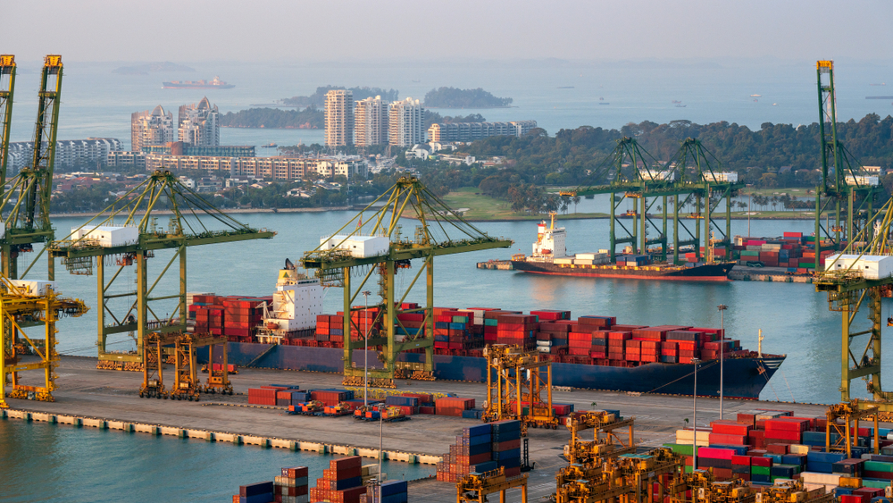 Los INCOTERMS regulan el transito de mercancías a nivel internacional