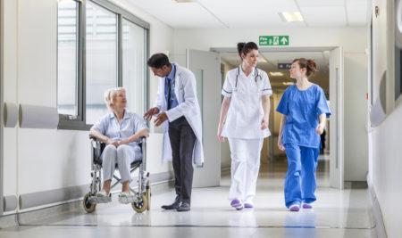El centro médico y los profesionales sanitarios
