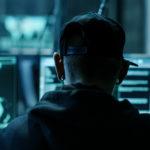 Un delito informático es todo aquel que se cometa mediante nuevas tecnologías